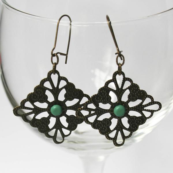 teal-dot-filigree-earrings