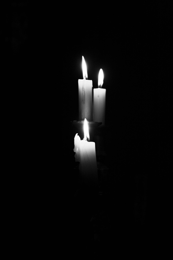 blackout-pic-candles
