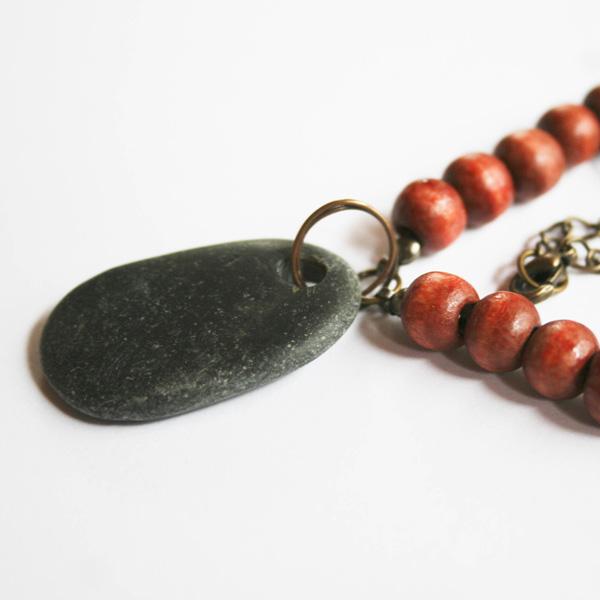 etsy-beach-rock-necklace-2
