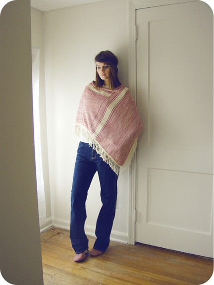 vintage-heather-pink-rose-and-cream-hippie-poncho-with-fringe