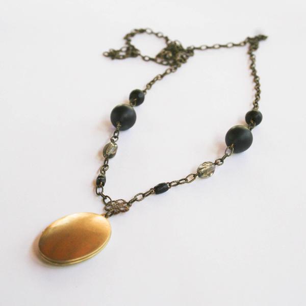 etsy-black-wood-and-glass-locket