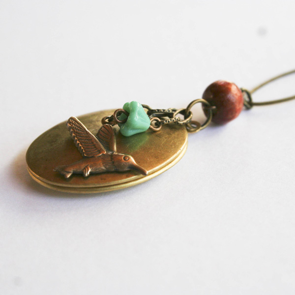etsy-hummingbird-locket