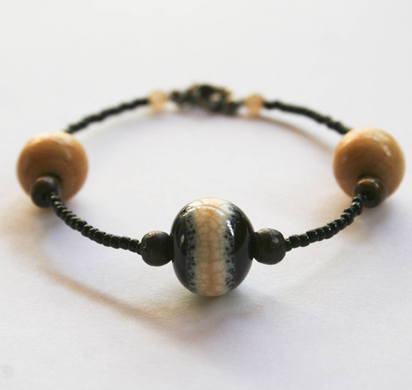 etsy-black-and-tan-bracelet