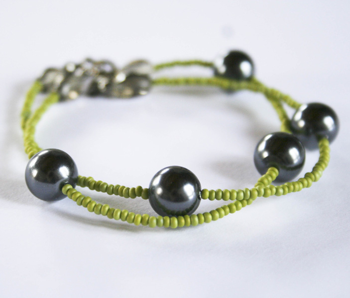 etsy-green-and-black-pearl-1